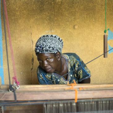 Afrika Tiss, réunir des femmes autour du textile – Burkina Faso